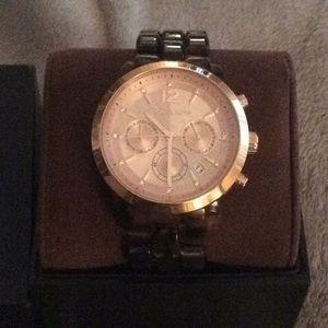 Michael Kors Jewelry - Michael kors tortoise link watch